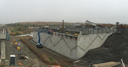 Northern Connector Reinforced Earth® Bridge Abutment